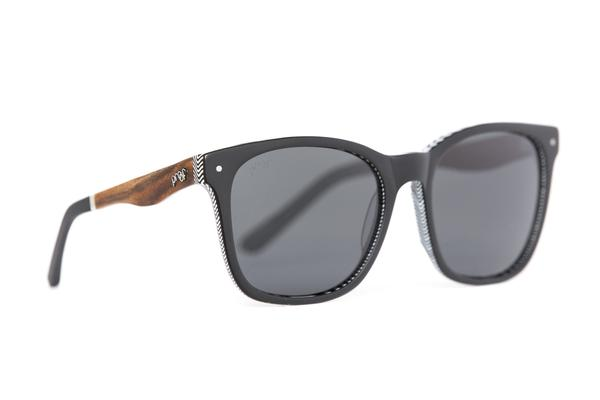 E_Scout_Black_Polarized_grande