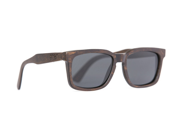 W_Federal_Stained_Polarized_grande