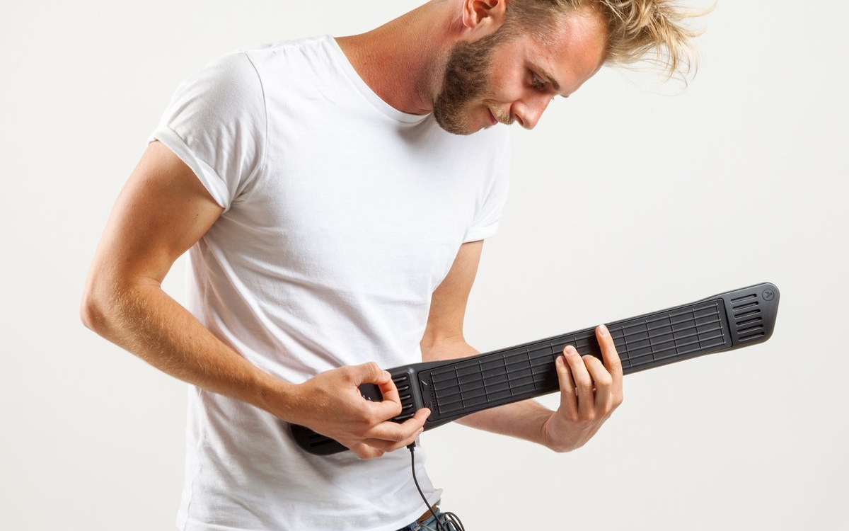 Digital MIDI Guitar
