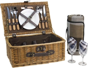 Picnic basket gift idea for fathers day gift for any dad
